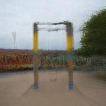Schaukel im Mauerpark Berlin Lonicer